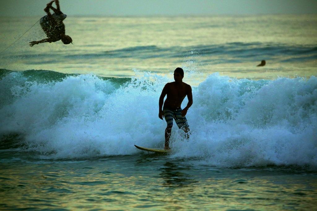 Surfing ved Santa Teresa 2