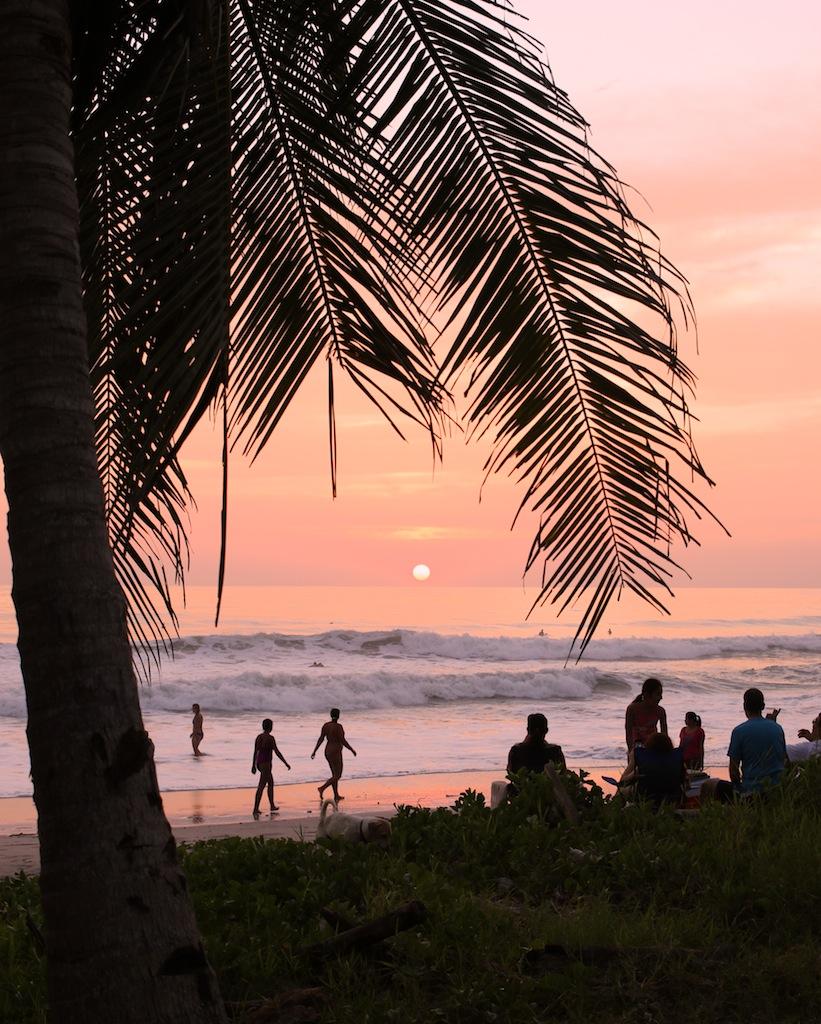 Surfing ved Santa Teresa 4