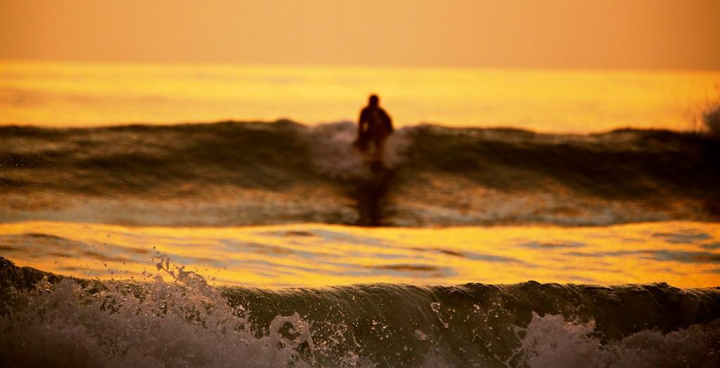 Surfing ved Santa Teresa 6