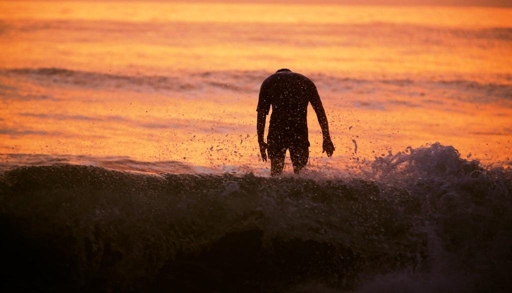 Surfing ved Santa Teresa 9