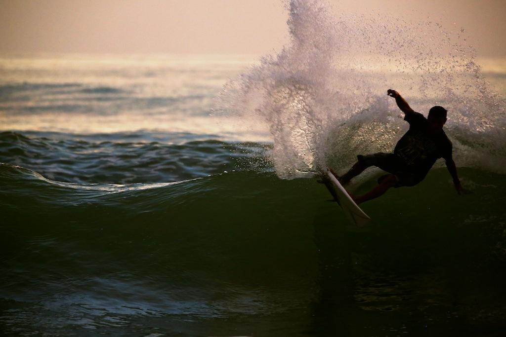Surfing ved Santa Teresa