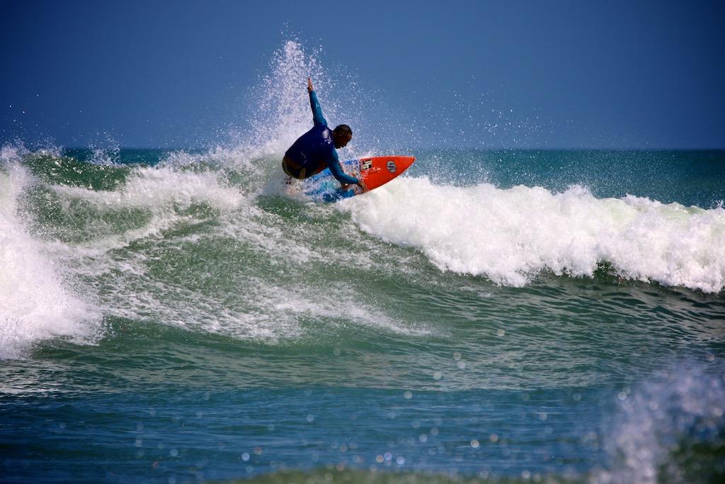 Surfing Bali 11