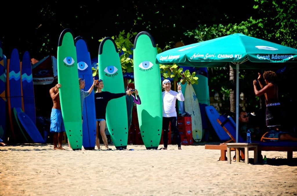 Surfing Bali 3