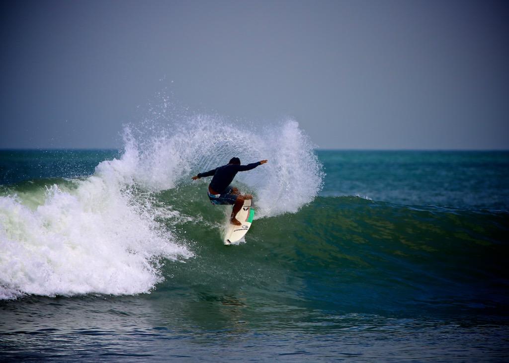 Surfing Bali 7