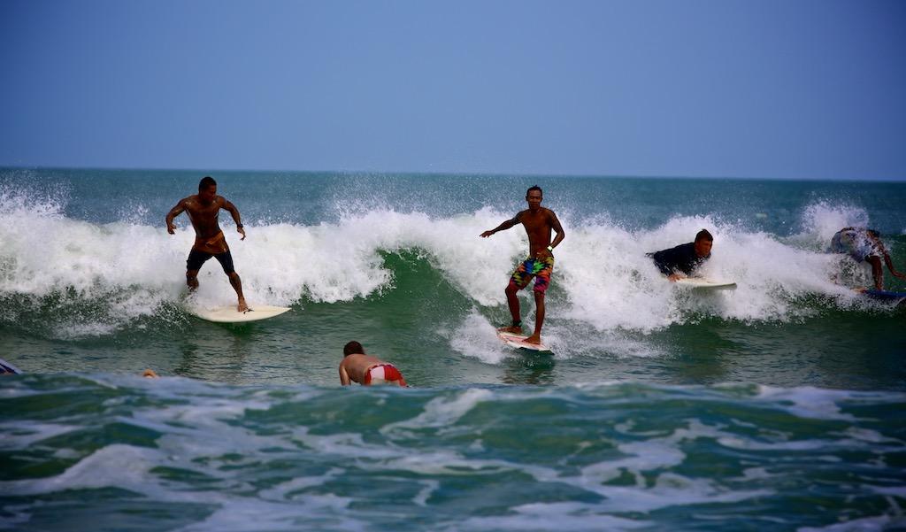 Surfing Bali 8