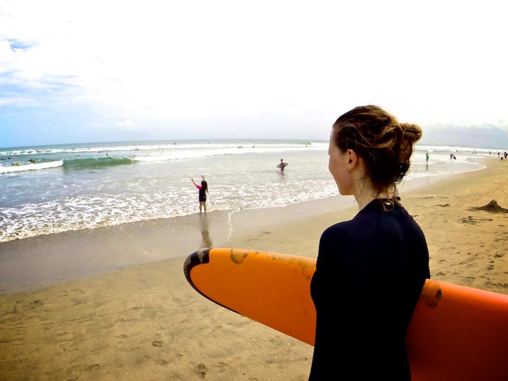Surfing Kuta 4