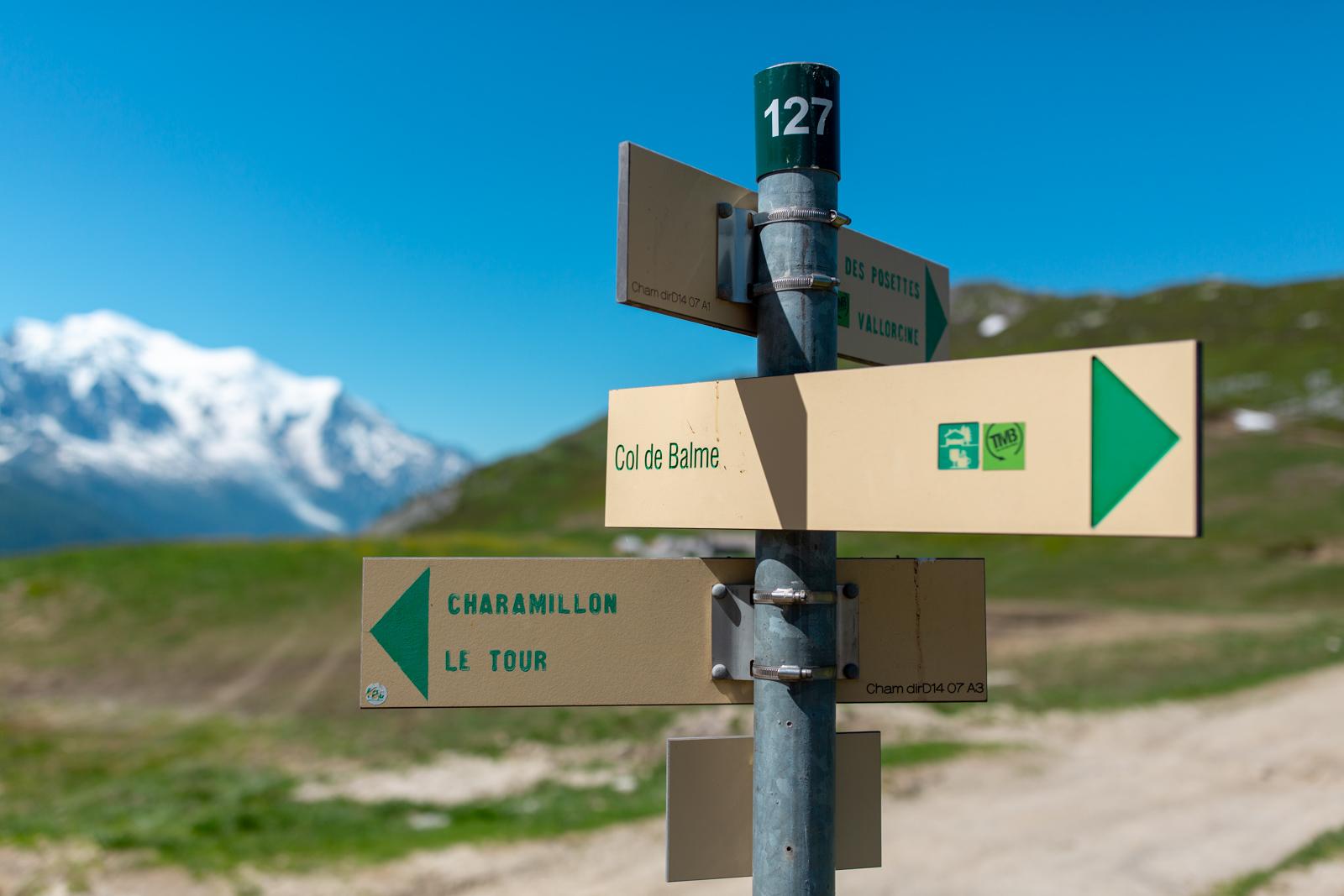 Vejskilte i bjergene